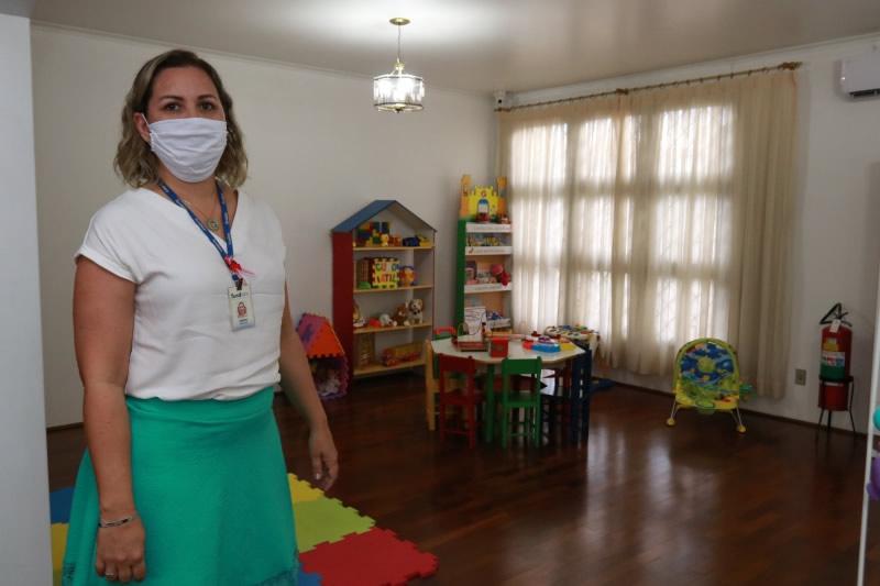Com demanda crescente, programa visa chegar a 30 famílias acolhedoras